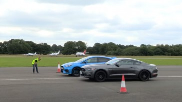 mustang-gt-vs-focus-rs