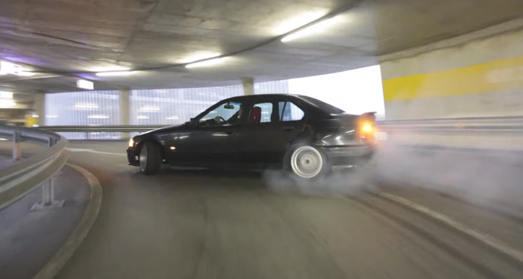 bmw drift aparcamiento