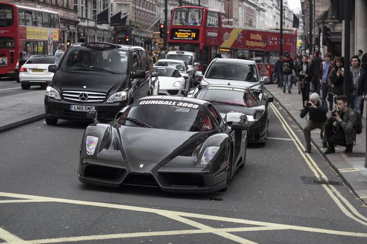 fotos coches Gumball 3000 londres